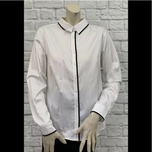 BANANA REPUBLIC WHITE FITTED NON-IRON TOP